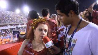 Carnaval 2014: Beth Carvalho curte carnaval e revela que não perdeu nenhum dia de desfiles