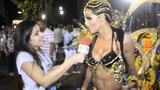 Carnaval 2014: Carla Prata, rainha de bateria da Rocinha, na concentração.