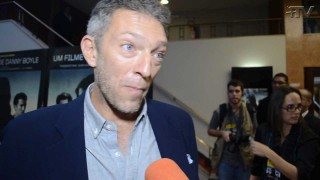 Plus TV entrevista Vincent Cassel estrela do filme Em Transe