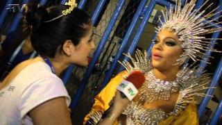 Carnaval Plus TV 2015 || Juliana Alves – Rainha de Bateria da Unidos da Tijuca
