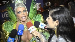 Carnaval Plus TV 2015 || Monique Evans – Destaque da Mocidade Independente de Padre Miguel