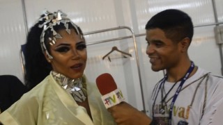 🎉 Carnaval Plus TV 2018 || Evelyn Bastos – Rainha de Bateria da Mangueira
