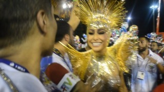 🎉 Carnaval Plus TV 2018 || Sabrina Sato – Rainha de Bateria da Vila Isabel
